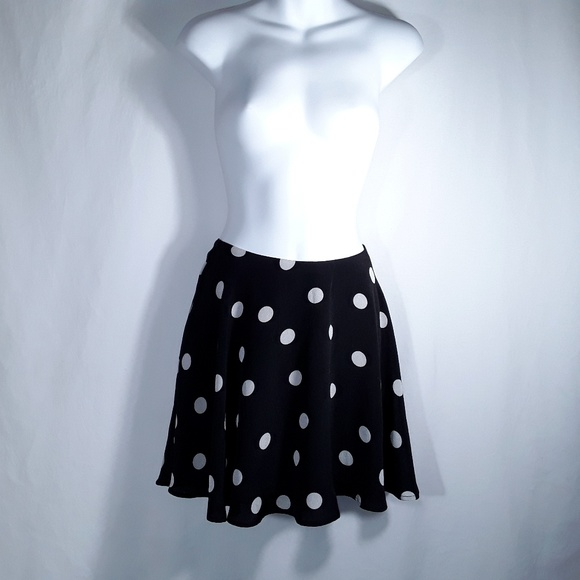 Made Fashion Week for impulse Dresses & Skirts - 90's Polka Dot Skater Skirt - TV Fashion Week
